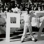 Manifestacion AntiOtan 1983 Granada. Acción La Carpeta.Guillermo Busutil